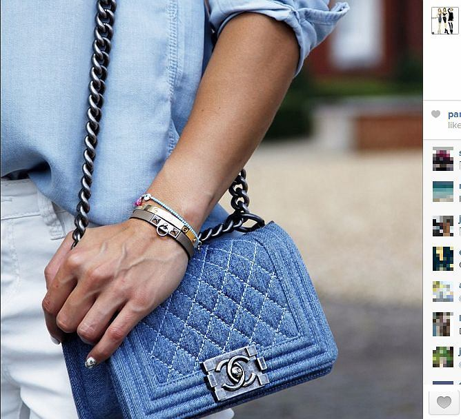 Sara Boruc z torebką Chanel
