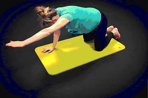 Przetestowała wszystkie ćwiczenia dla przyszłych mam: pływanie, aqua aerobic, jogę, pilates, fitness i trening dna miednicy. Które najlepsze?