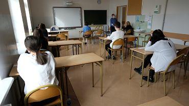 Egzamin ósmoklasisty 2021 - kiedy się odbędzie? [HARMONOGRAM]