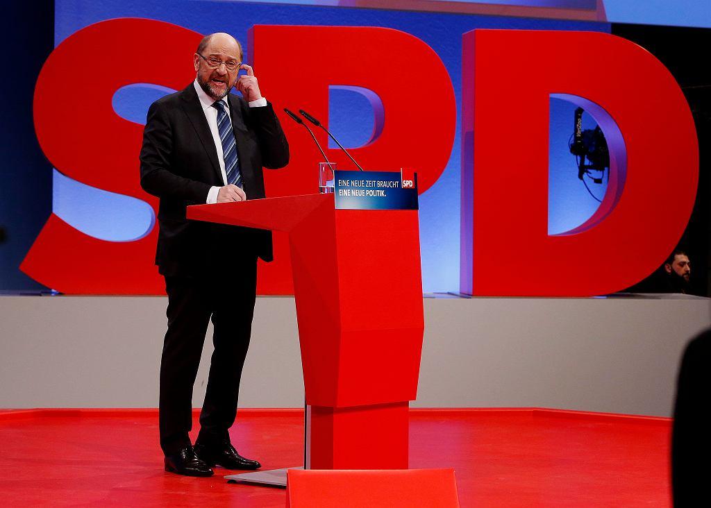 Martin Schulz przemawia podczas zjazdu SPD, Bonn 21 stycznia 2018 r.