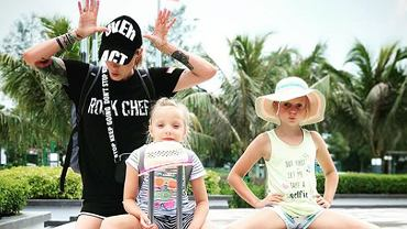 Daria Ładocha z córkami