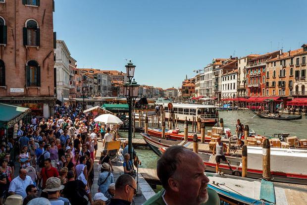 W Wenecji raczej nie ma co liczyć na chwilę samotności / fot. Shutterstock