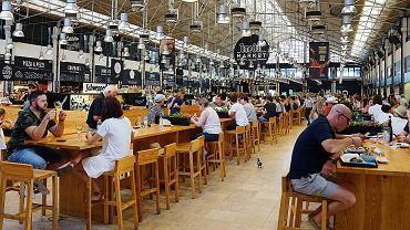 Portugalia. Rząd wprowadza obowiązek okazywania paszportu covidowego w restauracjach