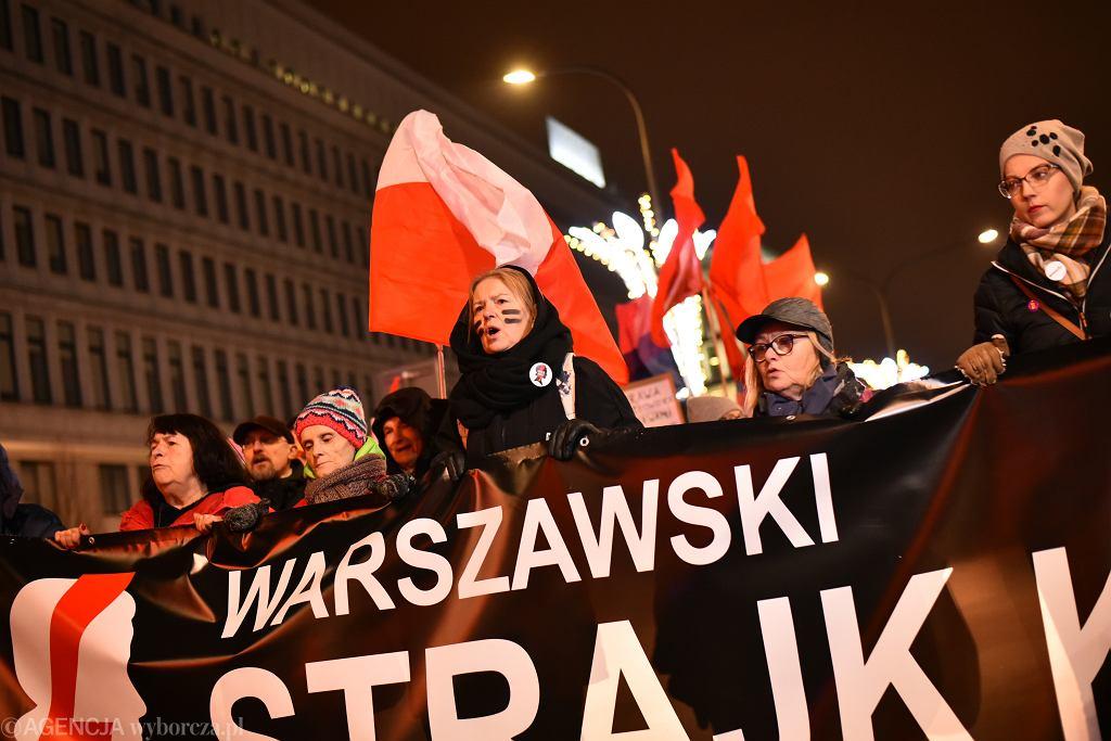 Czarny piątek. Dziś kolejny protest w Warszawie