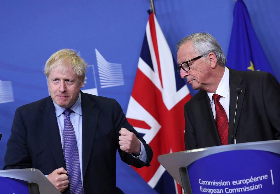 17.10.2019, Bruksela, premier Wielkiej Brytanii Boris Johnson i przewodniczący Komisji Europejskiej Jean-Claude Juncker .