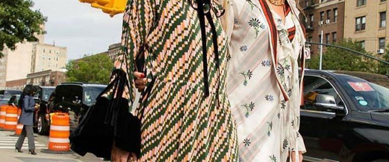 Ubrania amerykańskiej marki Tory Burch. Stylowe sukienki, koszule i swetry