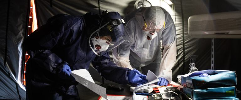 Ministerstwo Zdrowia: 17 060 zakażeń koronawirusem