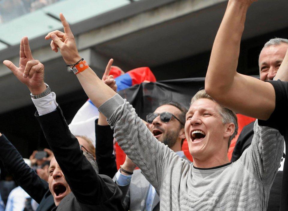 Zdjęcie numer 8 w galerii - Roland Garros. Zlatan Ibrahimović, Hugh Grant... Kto jeszcze odwiedził korty? [ZDJĘCIA]