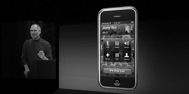 Steve Jobs dzwoni do projektanta iPhone'a