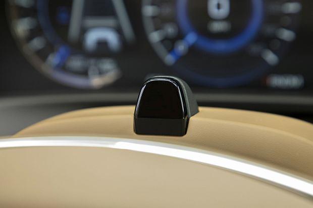 Kamera śledząca wzrok kierowcy - GM Super Cruise