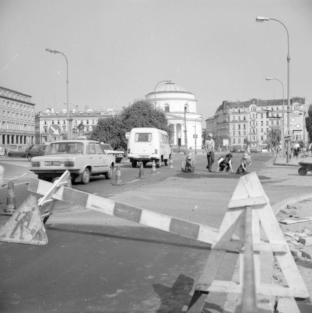 Plac Trzech Krzyży w roku 1985