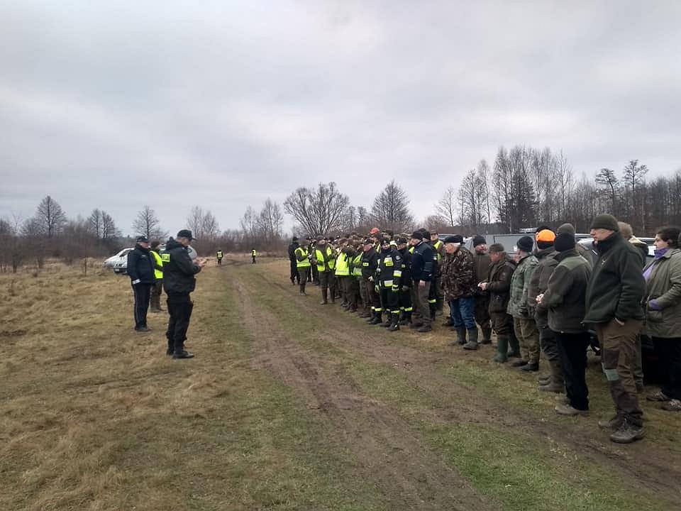 Poszukiwania radnego gminy Terespol. Samochód 45-latka wyłowiono z rzeki