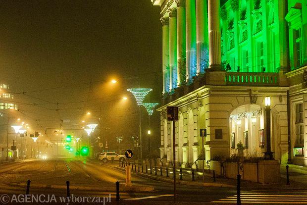 Zdjęcie numer 0 w galerii - Sylwester 2020 we Wrocławiu. Miasto puste i we mgle [ZDJĘCIA]
