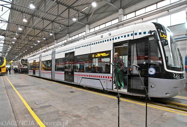 Moskwa ogłasza wielki przetarg, a nie odbiera 60 tramwajów Pesy. Dlaczego?