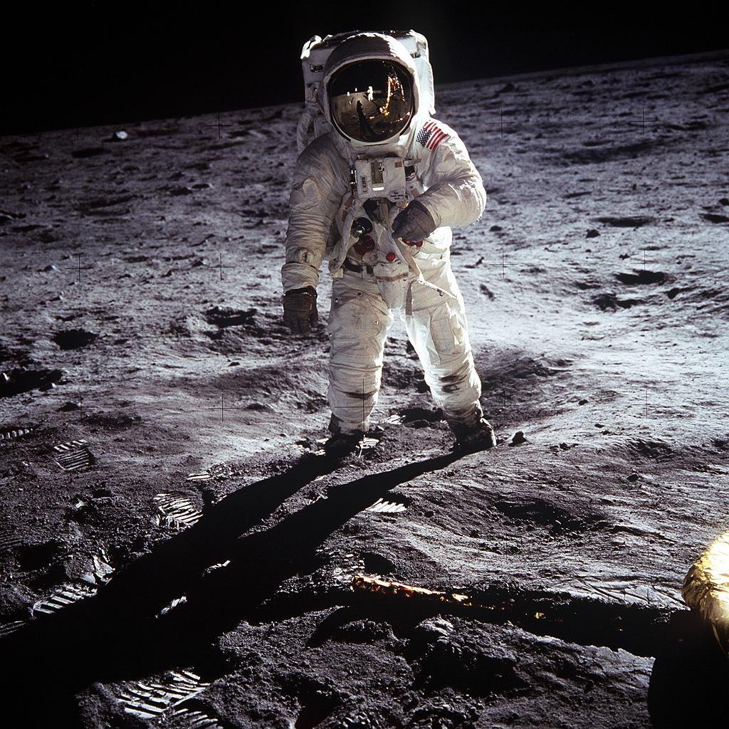 NASA odnalazła zagubioną sondę kosmiczną. Krążyła wokół Księżyca