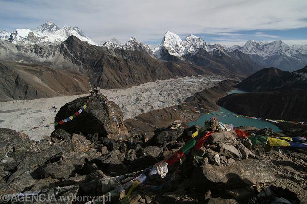 Himalaje widoczne z balkonu. Odsłoniła je kwarantanna