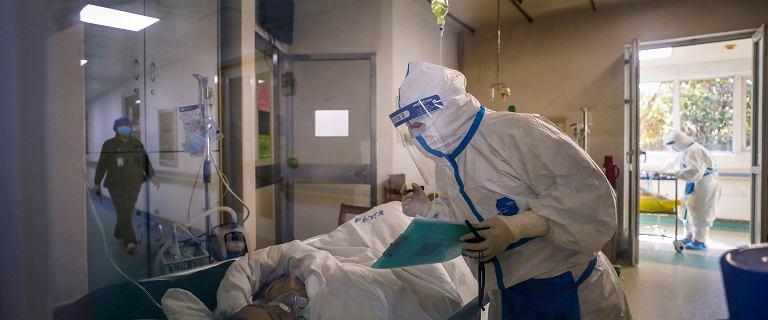 Kolejna ofiara koronawirusa w Japonii. W Chinach zakażonych jest 77 tys. osób