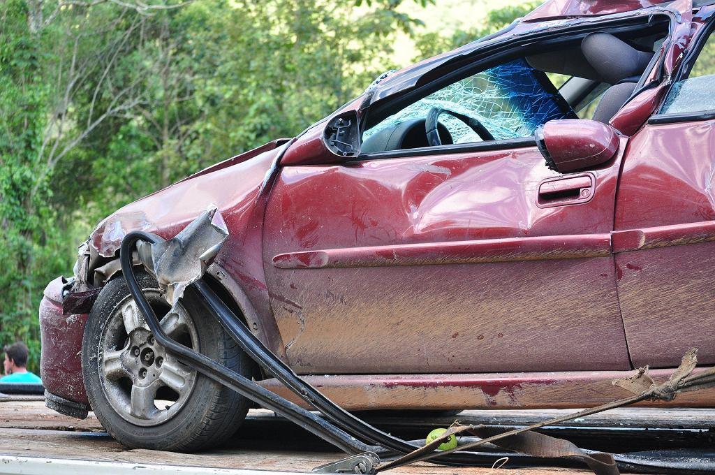Sennik - wypadek samochodowy. Jak interpretować taki sen? Zdjęcie ilustracyjne