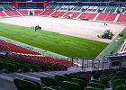 Tychy szykują się do mistrzostw świata. Dotarło 20 tirów z trawą ze Słowacji