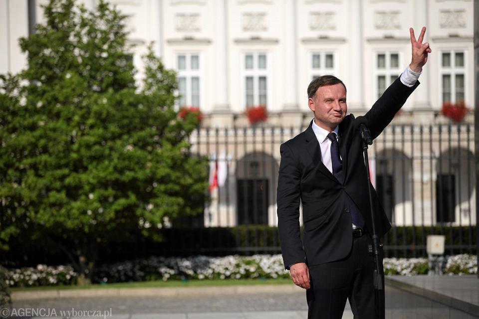 Zdjęcie numer 2 w galerii - Andrzej Duda zapisał się do jastrzębi