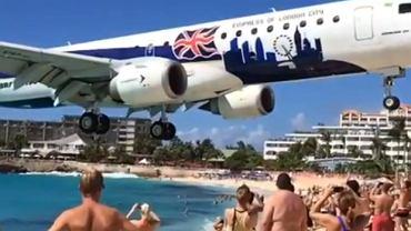 Brytyjski samolot podchodzący do lądowania na lotnisku Princess Juliana na wyspie Saint Martin