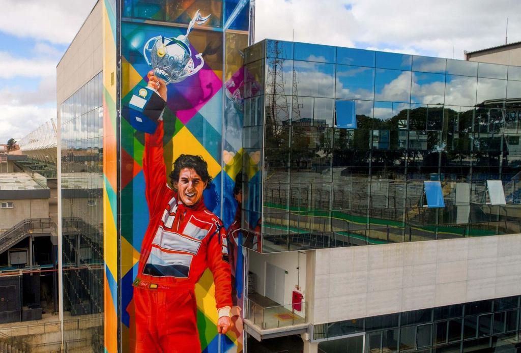 Mural Ayrtona Senny na Interlagos w Sao Paulo