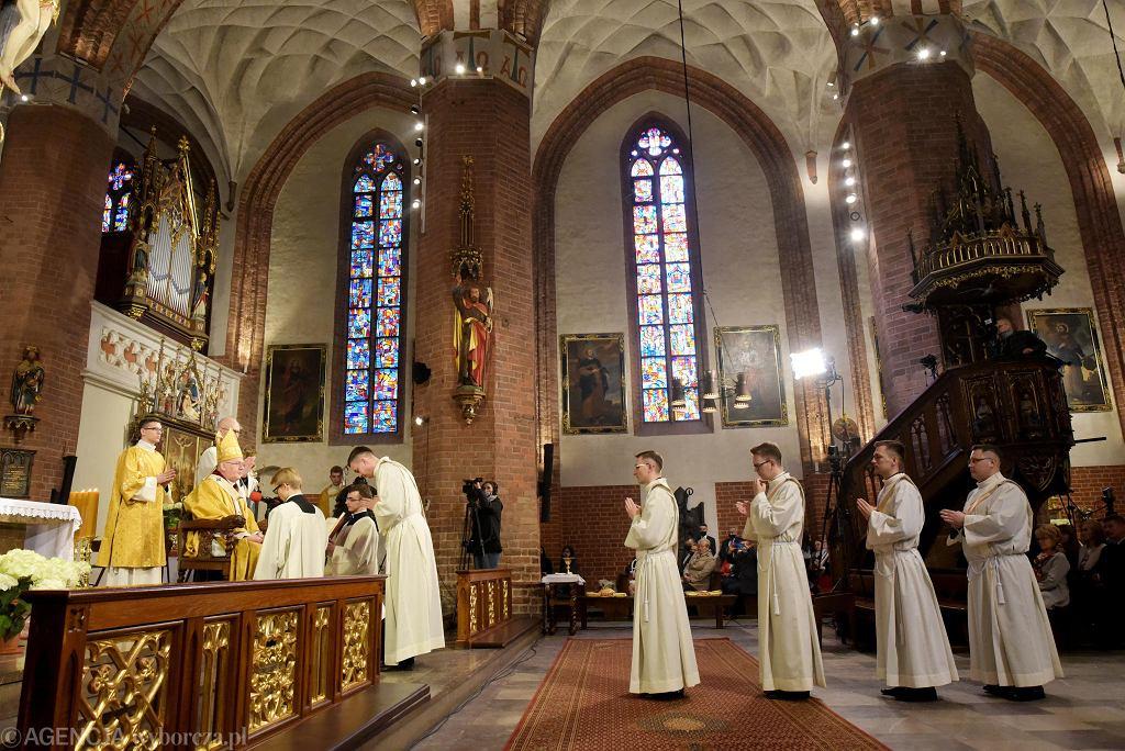Święcenia kapłańskie w katedrze św. Jakuba w Olsztynie, 30 maja 2020 r.