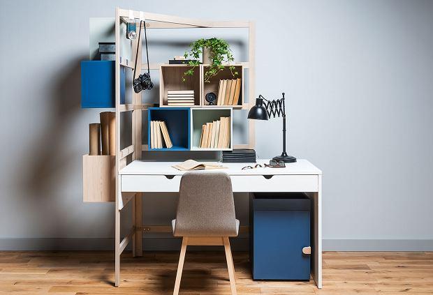 Lampka na biurko zapewnia komfort pracy i nauki