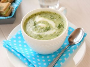 Zupa krem z ogórków małosolnych