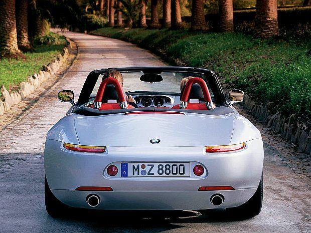 Średnia cena Z8 to 145 000 euro. Najdroższa oferta jest za 190 000 euro