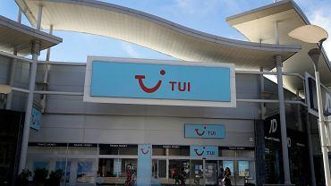 TUI zamyka 166 biur podróży w Wielkiej Brytanii