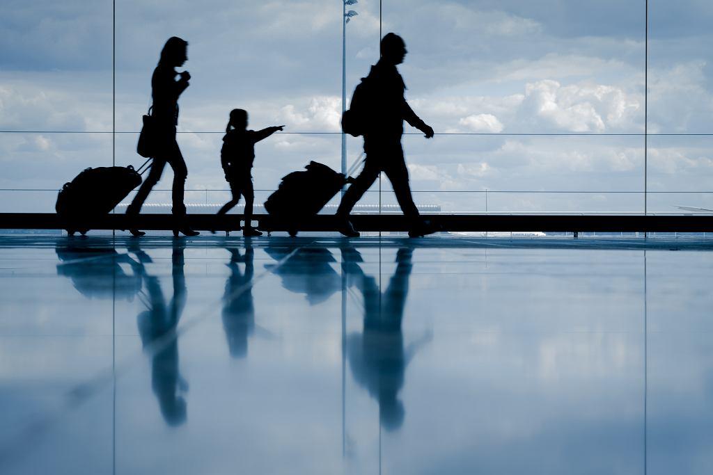 Nawet najspokojniejsze dziecko może źle znosić długą podróż.