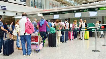 Na lotniskach w Unii Europejskiej będą testowane wykrywacze kłamstw
