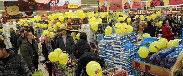 Biedronka da pracownikom nagrody roczne. 2100 zł brutto jeszcze przed świętami