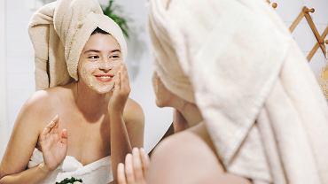 Podwójne oczyszczanie twarzy