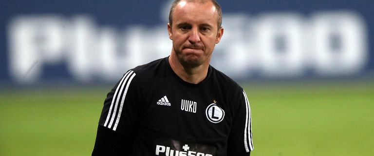 Oficjalnie: Legia Warszawa zwolniła Aleksandara Vukovicia! Mioduski tłumaczy decyzję