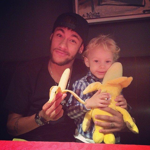 Neymar i jego syn - akcja