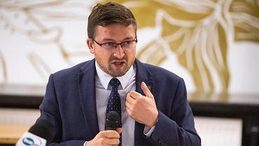 Sędzia Paweł Juszczyszyn, laureat tegorocznej Nagrody Radia TOK Fm im. Anny Laszuk