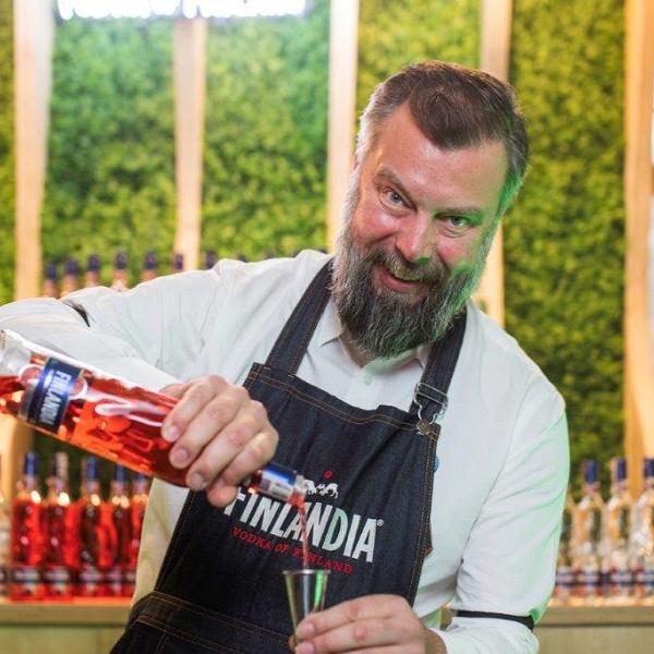 Pekka Pellinen, 'Globalny Miksolog', czyli chluba marki Finlandia Vodka