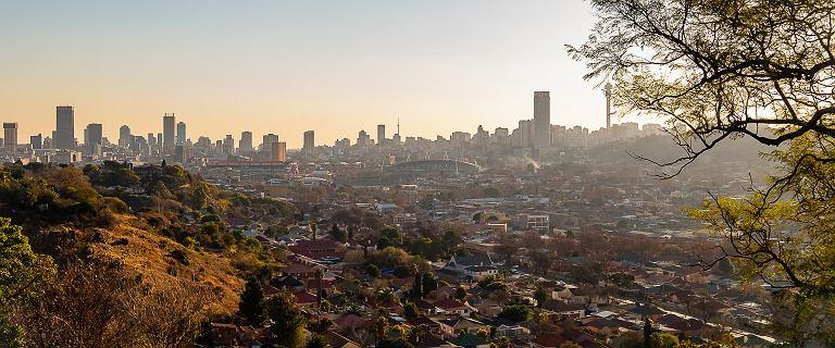 """RPA: mają złoto i diamenty, ale """"korupcja i jedna firma wykańczają kraj"""""""