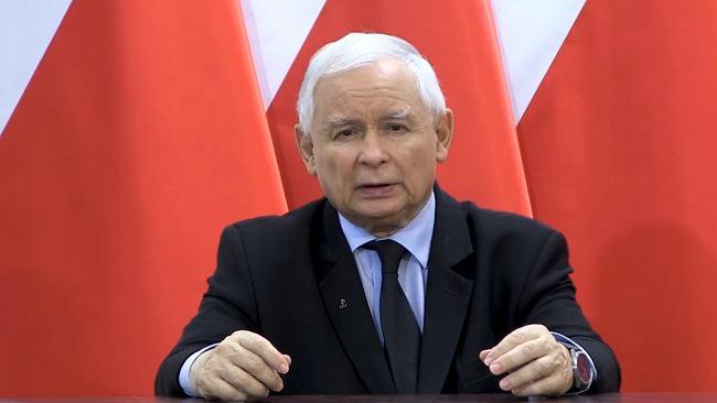 """""""Kościół nie potrzebuje żadnego parasola ochronnego"""". Prymas Polski o apelu Kaczyńskiego, by bronić świątyń"""