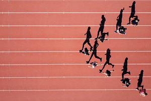 Bieganie a kalorie. Ile kalorii spalamy podczas biegania? Co jest lepsze - bieganie czy rower?