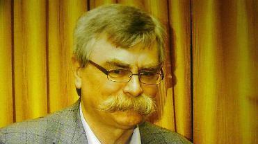 Michał Waliński uczył języka polskiego, filozofii i wiedzy o kulturze w II LO im. Emilii Plater w Sosnowcu
