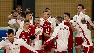Radość polskich siatkarzy po meczu z Brazylią na MŚ U-21
