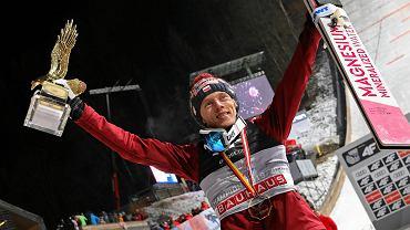 Dawid Kubacki wraca na Turniej Czterech Skoczni rok po wielkim triumfie.