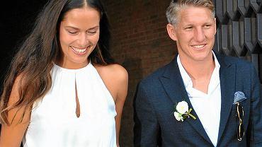 Partnerem tenisistki jest piłkarz Manchester United, Bastian Schweinsteiger.