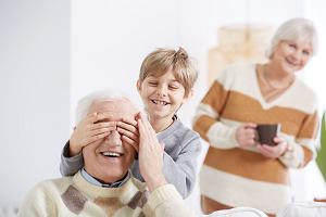 Życzenia na Dzień Dziadka 2021. Lista rymowanych wierszyków na dzień dziadka
