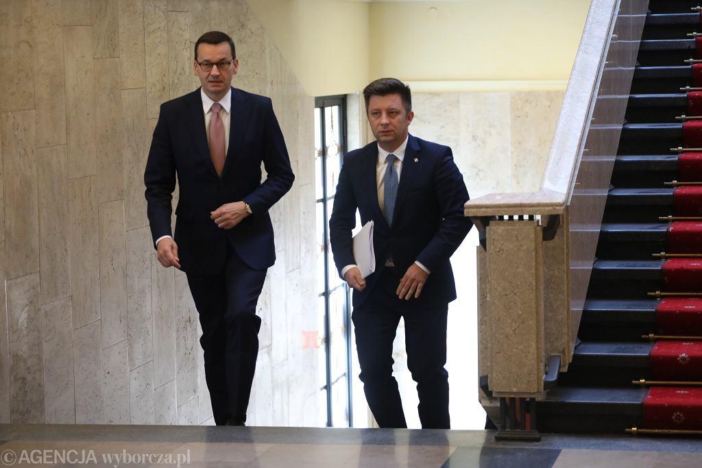 Premier rządu PiS Mateusz Morawiecki i szef jego kancelarii Michał Dworczyk