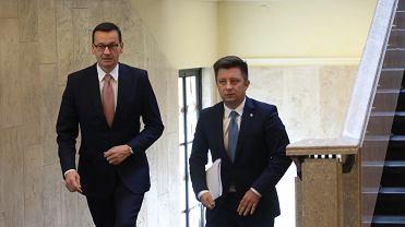 Premier rządu PiS Mateusz Morawiecki i jego szef kancelarii Michał Dworczyk.