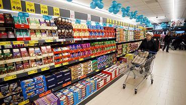 Kupuj w niedziele.  Zakaz handlu w niedziele nie dotyczy wszystkich sklepów